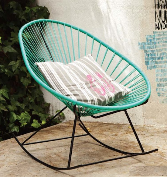 Muebles terraza y jardin mecedora decoraci n chic for Sillones de plastico para terrazas